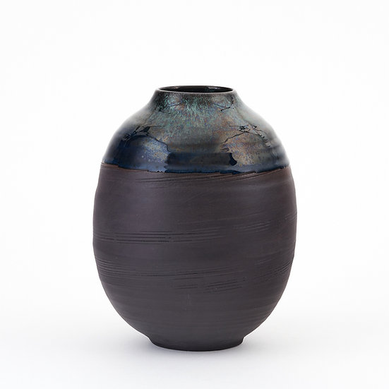 Onyx and Copper Green Large Moon Jar | By Kirsty Adams