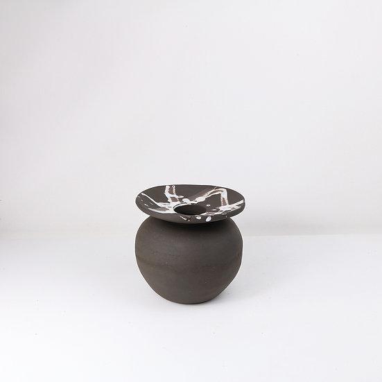 Round Vessel | By Carla Sealey (aka Naked Clay Ceramics)