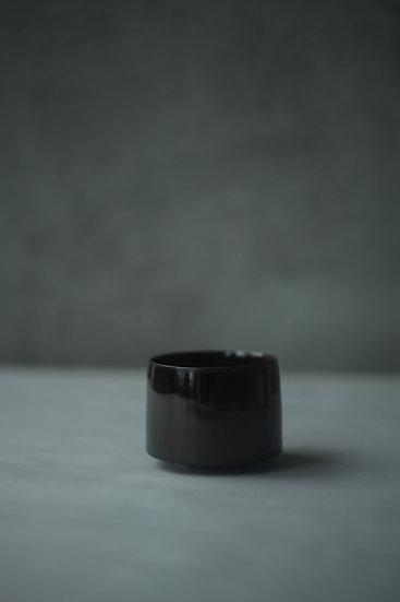 Cup, Gloss Brown | By Karl Sebastian