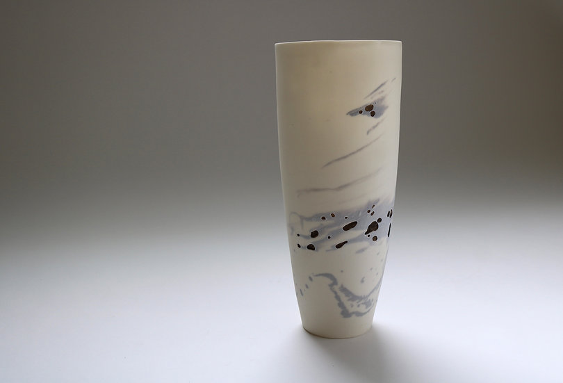 Cast Porcelain Vessel with Gold Lustre and Oxide | By Katherine Glenday