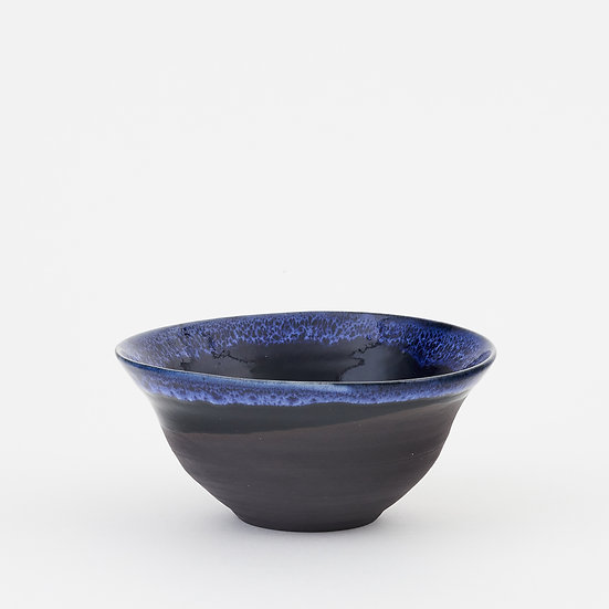 Onyx and cobalt blue small fluted bowl | By Kirsty Adams