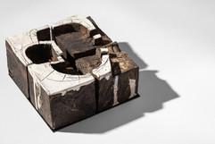 Enclose_detail1_ceramic+steel_H15cmW15cm