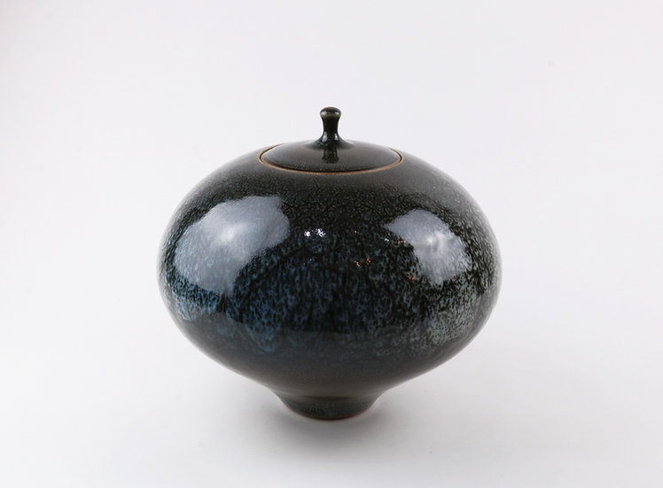 Lidded Jar | By Peter Sparrey