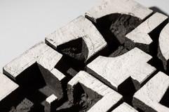 LostandFound-detail2_ceramic+steel_-31cm