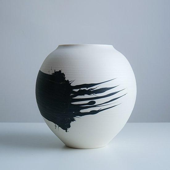 Vessel 6   By Tom Kemp