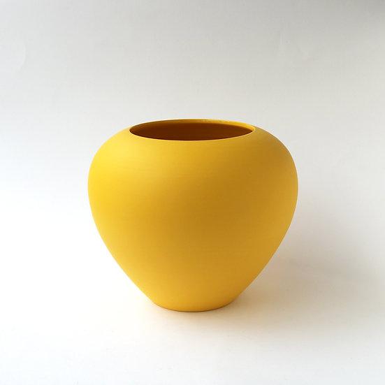 Imperial Vase | By Arjan Van Dal