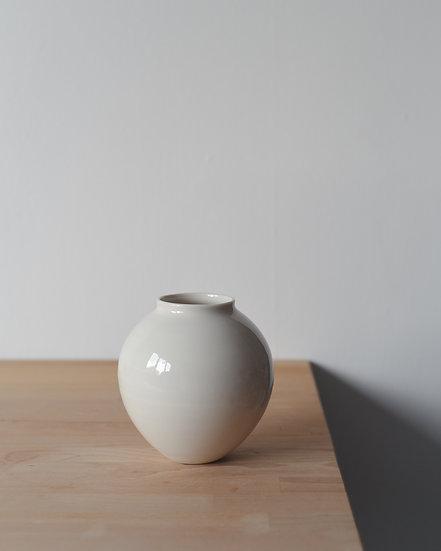 Small Moon Jar | By Ben Sutton
