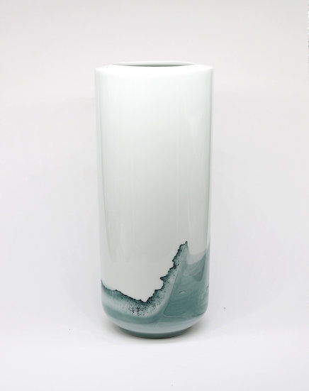 Medium Tide Vase, Glazed Finish | By Anna Badur