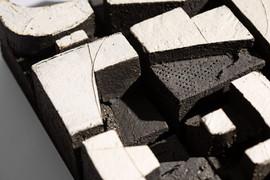 Meet Me Here_detail2_ceramic+steel_H31cm