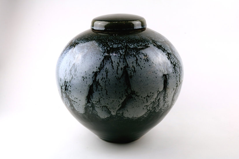 Lidded Jar | By Peter Sparrey