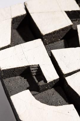 Play_detail2_ceramic+steel_ H23cmW23cmD6