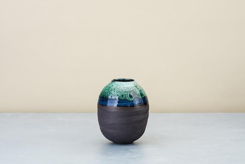 Medium Onyx and Copper Green Moon Jar | By Kirsty Adams