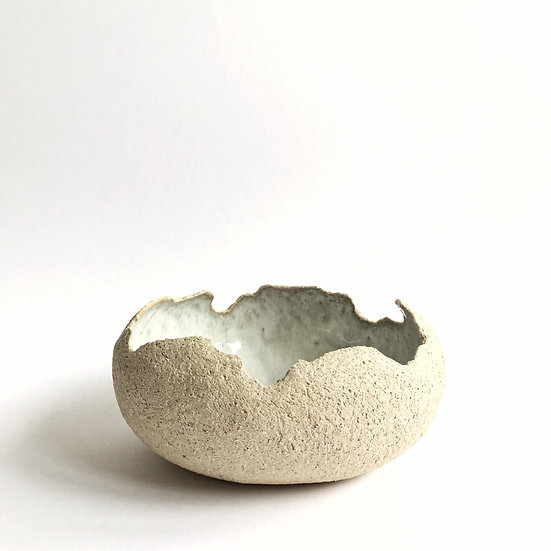 Ragged Edge Vessel- Cream/Pearl