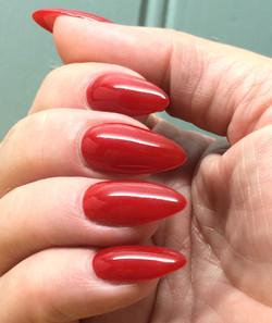 Sculpted gel nail extensions that soak off