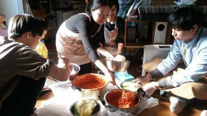 2/8(木)午後:MYキムチを作ろう!~韓国から鈴木あゆみさんを迎えて