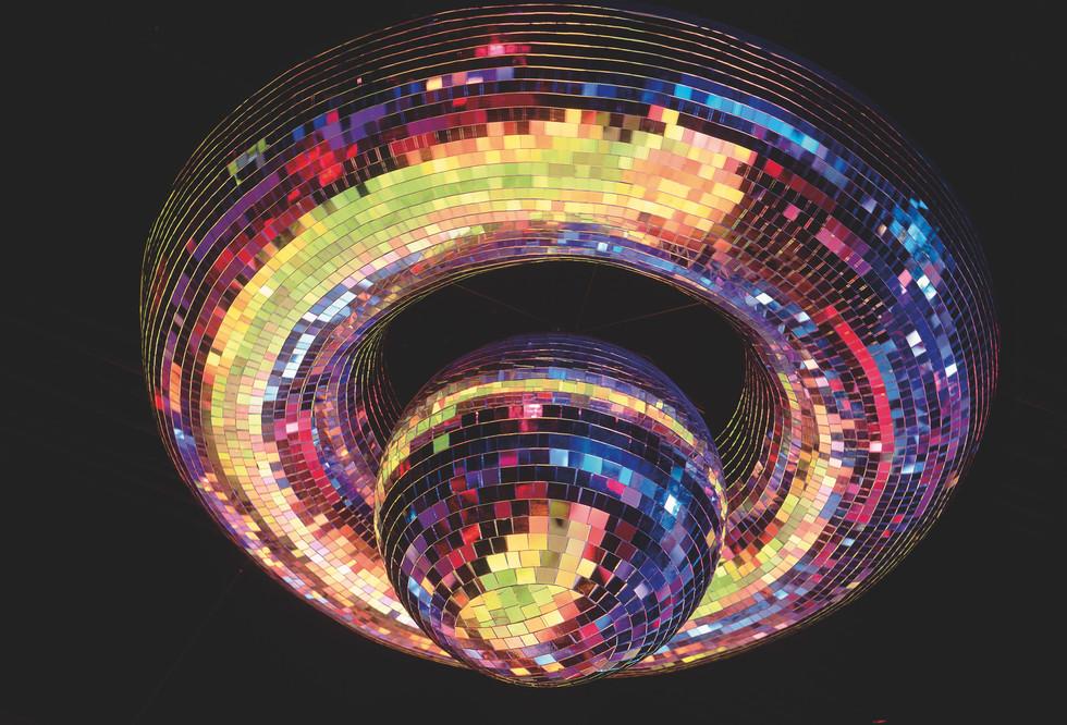 cluv esfera.jpg