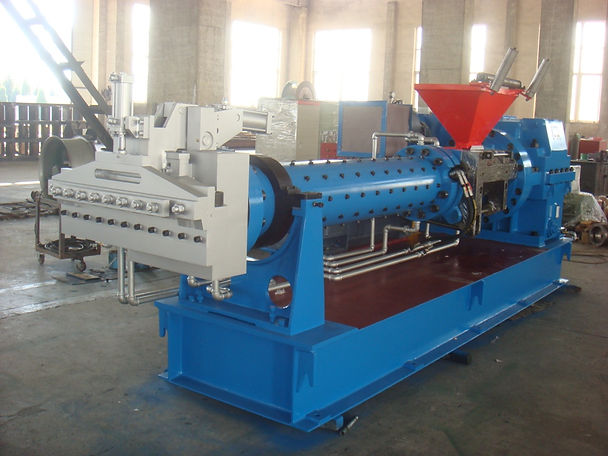 Pin cold feed extruder.JPG