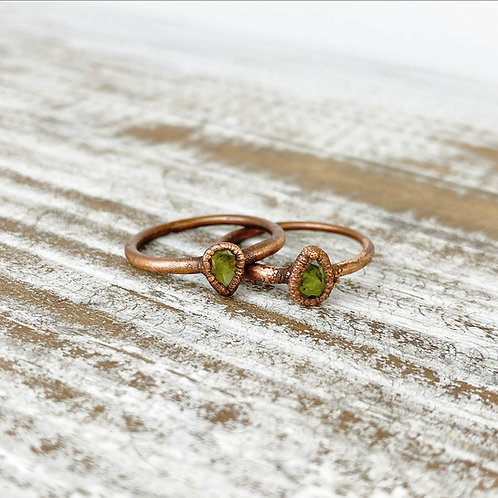 GREEN PERIDOT RING | FACETED PERIDOT STACKING RING | COPPER & PERIDOT STACK RING