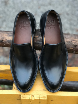 Leather-Shoes-Loafer-BLK-Gal5