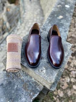 Horsehide burgundy slipper loafer
