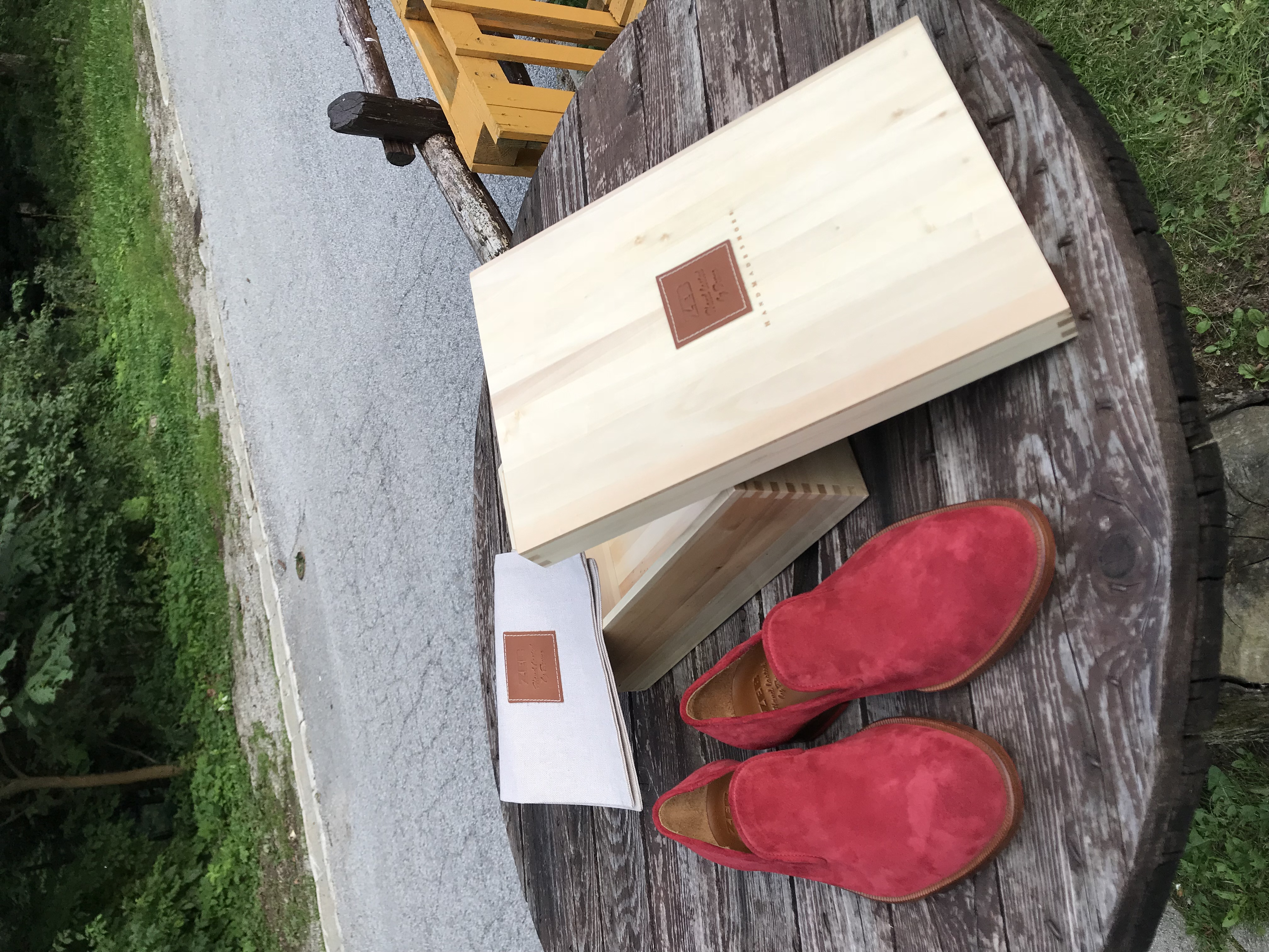 Leather-Shoes-Slippers-Suede-Red-Gal8