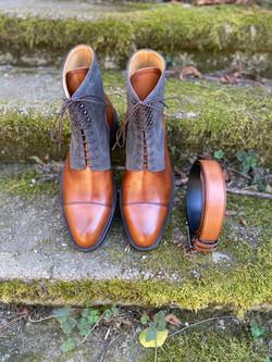 Museum light brown+grey suede captoe boots 10