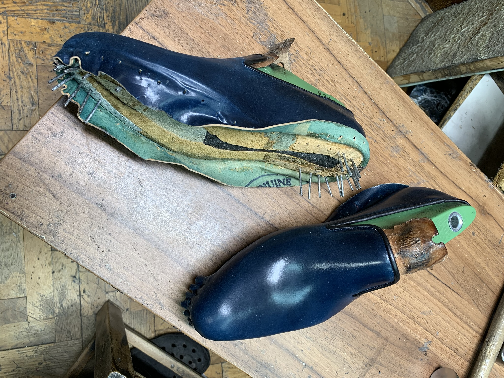 Leather-Shoes-Slippers-Shell-Navy-Gal11