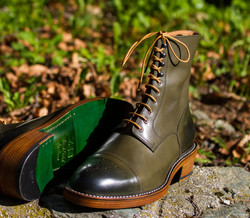 Leather-Boots-London-Green-Gal3