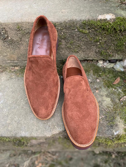 Roughout slippers 4