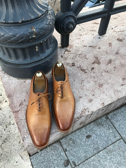 Leather-Shoes-Wholecut-Light-Brown-Gal1