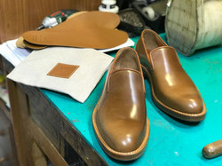 Leather-Shoes-Slippers-Shell-Bourbon-Gal1
