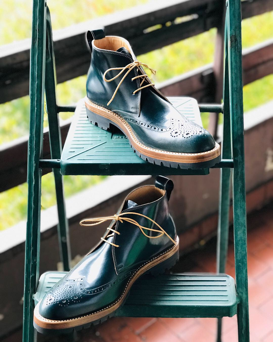 Leather-Boots-Chukka-Shell-Green-Gal2