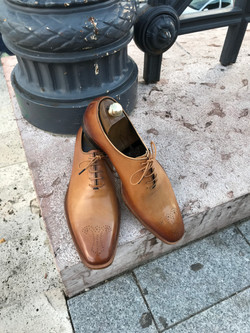 Leather-Shoes-Wholecut-Light-Brown-Gal2