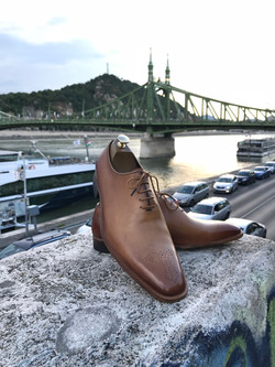Leather-Shoes-Wholecut-Light-Brown-Gal3