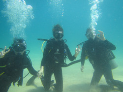 happy dsd students in coiba