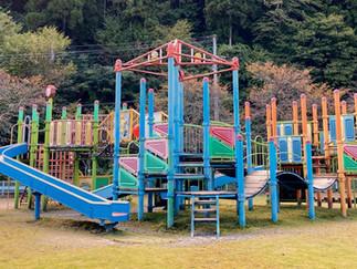 和良運動公園の遊具を修繕しました。