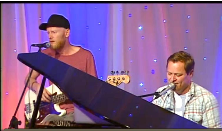 Lewi og Arvid LIVE.jpg