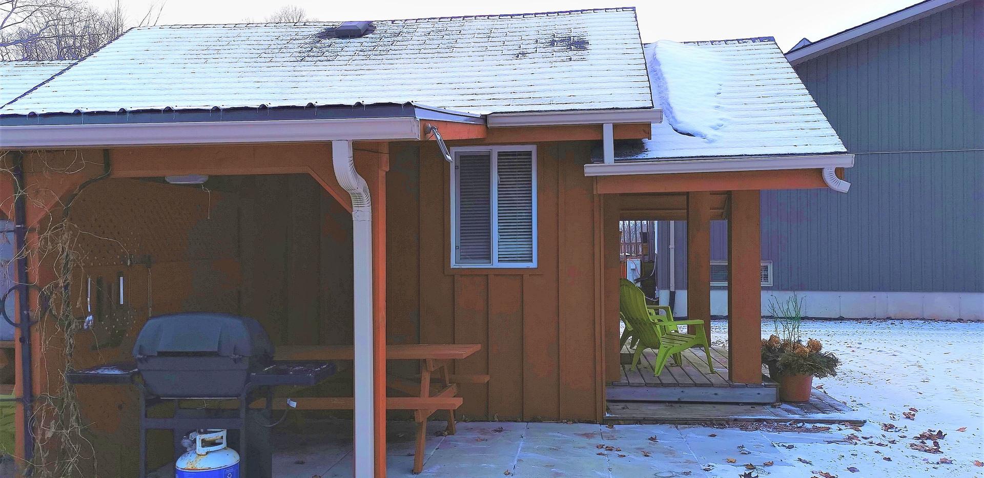 Flowerpot Cabin side view (2).jpg