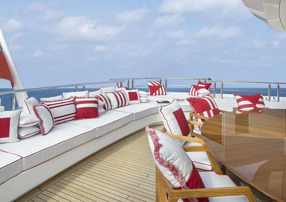 cabinet_pinto_yacht_72m_13.jpg