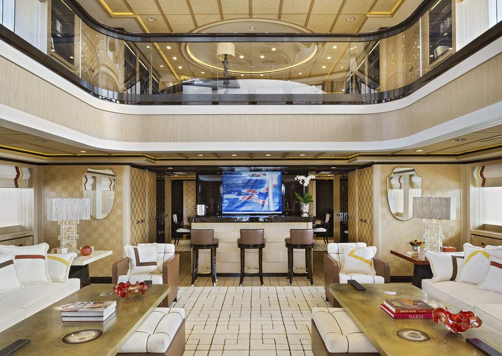 cabinet_pinto_yacht_72m_03.jpg