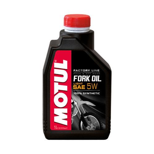 Olio forcelle MOTUL FORK OIL FACTORY SAE 5W  1lt