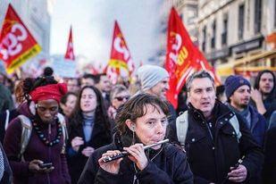 Et voilà - Masowe protesty we Francji i Belgii 📣