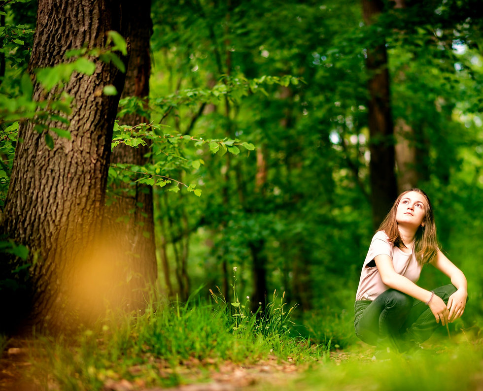 kid%2C%20girl%2C%20forest%2C%20lonely%2C