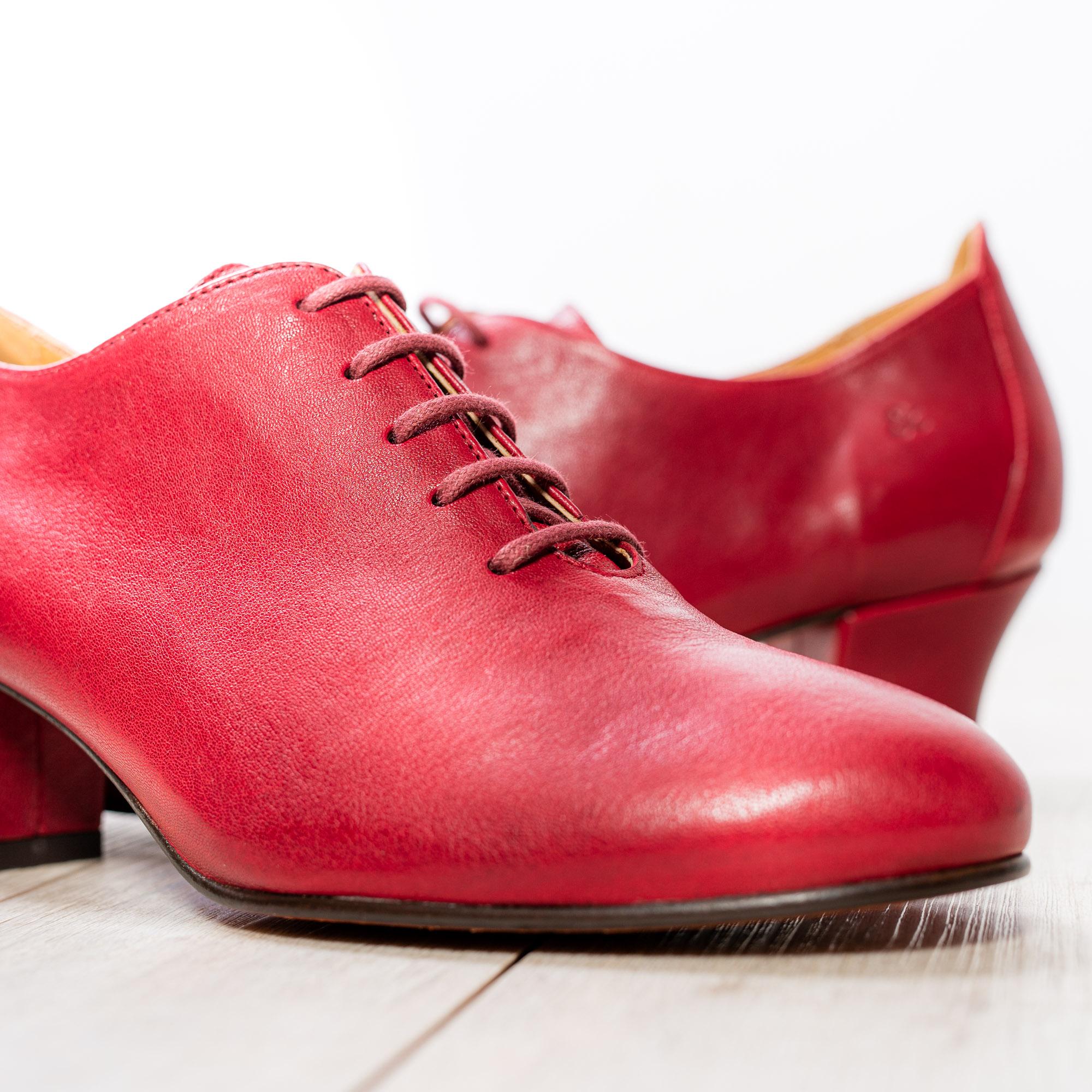 Eva Red