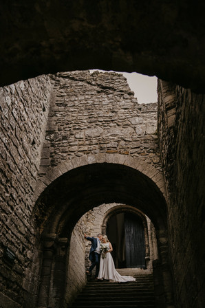 castle wedding shots for newlyweds