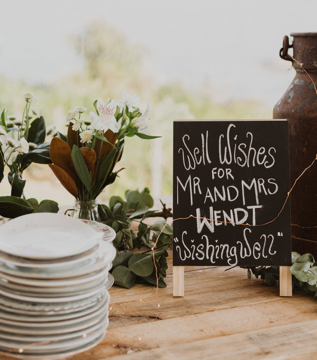 J&L Wedding Table