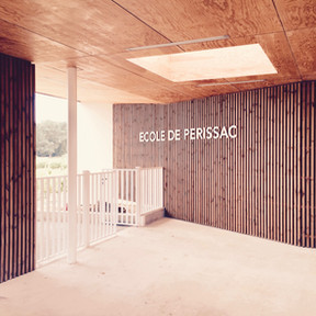 Groupe Scolaire de Périssac Baudrimont Benais Architectes Associés