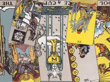 Cartile de Tarot inversate