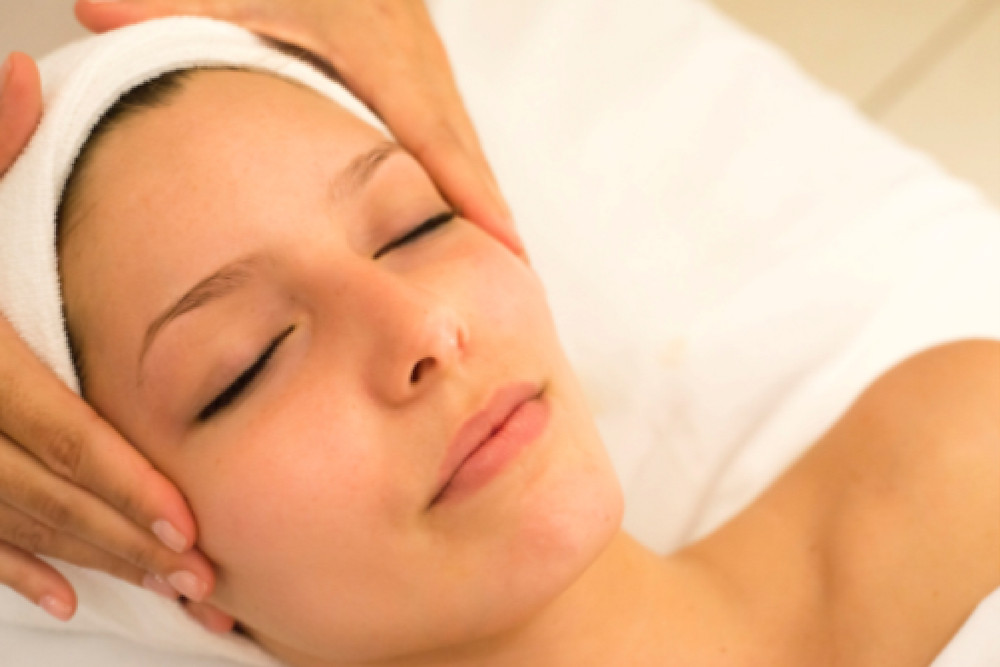 Facial Treatments, LED Therapy. Face Care