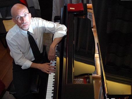 Marco e seu piano